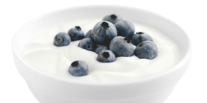 690-yoghurt-with-blueberry