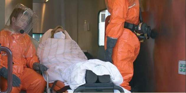 Workers in the public sector use biohazard suits made with DuPont™ Tychem®.