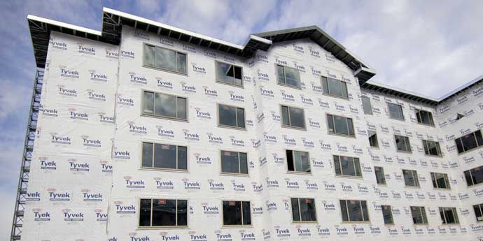 DBI_Tyvek_CommercialWrap_Photograph_Location-Chicago_690x345