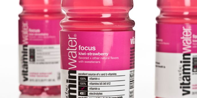 Lightweight 20-ounce Vitaminwater® Container with PowerStrap™ and Active Hinge™ Technologies - 2017 Silver Award - DuPont Awards for Packaging Innovation