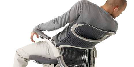 Man sitting in Knoll Chair