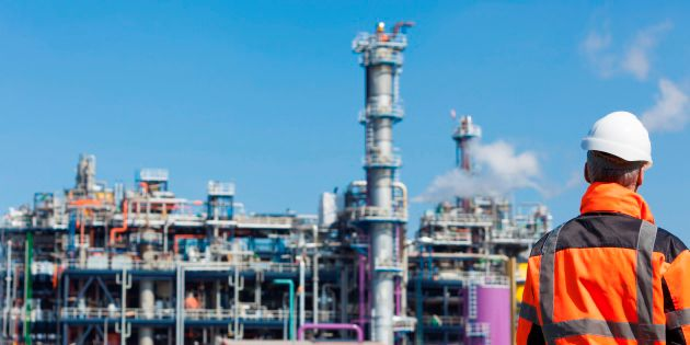 DuPont oil and gas polymers are chosen for refining sealing uses.