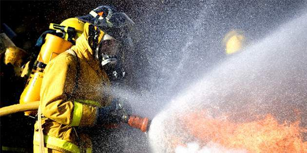 DPT_Photo_Firefighter_Gear_Turnout_Gear_thumbnail_630x315_DE
