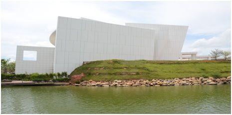 深圳华会所可丽耐®石材幕墙设计