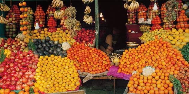 NationalGeographic_Food_20288_FruitStand_630x315
