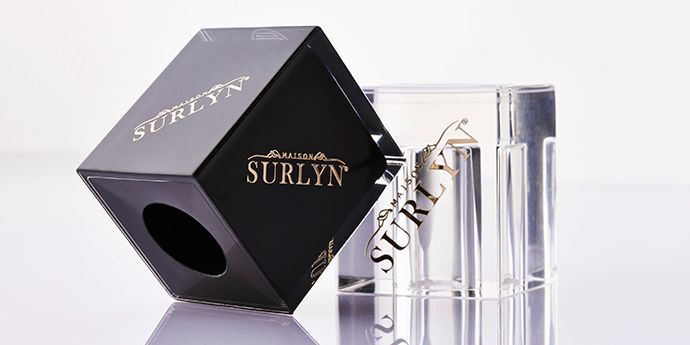 Square Perfume Caps - 'Maison Surlyn®': Photo DuPont : The new Surlyn ® PC2200 range offers new creative avenues to designers.