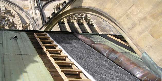 XIV century St. Wenceslas Chapel is now protected with DuPont™ Tyvek® Metal