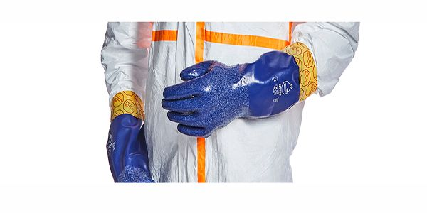 Tyvek-800-J-Gloves-NT-450_3408-detail-thumbnail