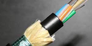 采用了乐天堂体育投注™ Kevlar® 凯芙拉® 纤维的通信电缆