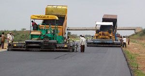 Pakistan Motorways use latest bitumen technology