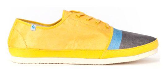 由杜邦™ Tyvek® 特卫强® 品牌材料做成的鞋面的超轻小飞鞋