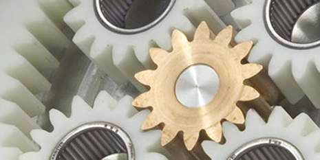 DuPont polymers help make mechanical gears lighter, quieter & more durable.